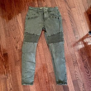 Green High Rise Jegging